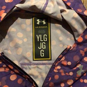 Under Armour Jackets & Coats - Girls Under Armour lightweight jacket YLG